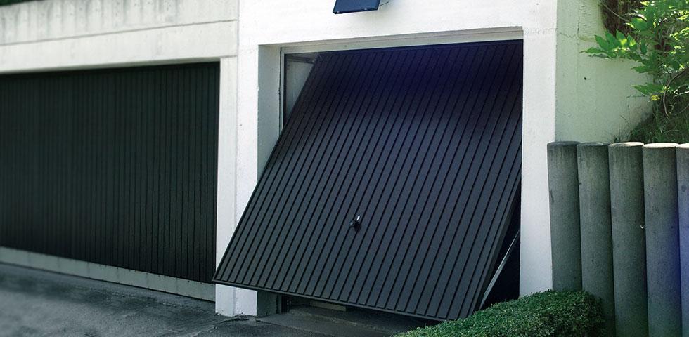 Porte sezionali garage Varese