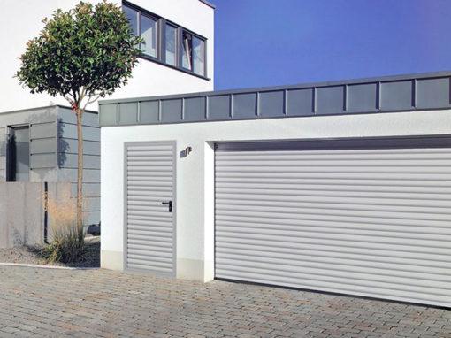 serrande-avvolgibili-rollmatic-con-porta-pedonale-laterale-510x382